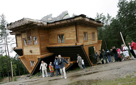 Most unusual homes in the world business for Most amazing houses