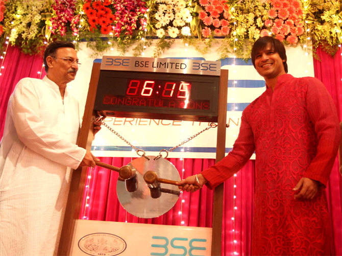 Suresh and Vivek Oberoi ring the opening bell during Samvat trading.