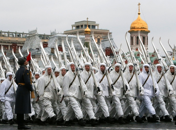 Russian servicemen in historical uniforms take part in a military parade in the Red Square in Moscow, November 7, 2013.