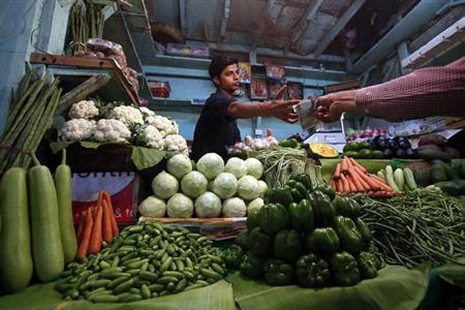 Traders have shifted focus from the main vegetables to supplements.
