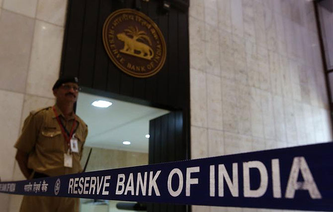D-St favourites queue up at RBI for higher FII investment limit