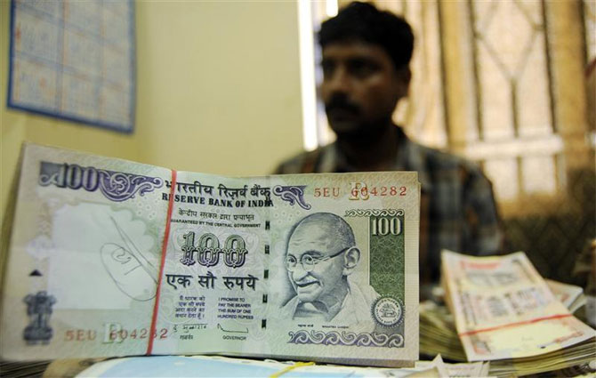 India pushes to develop money markets