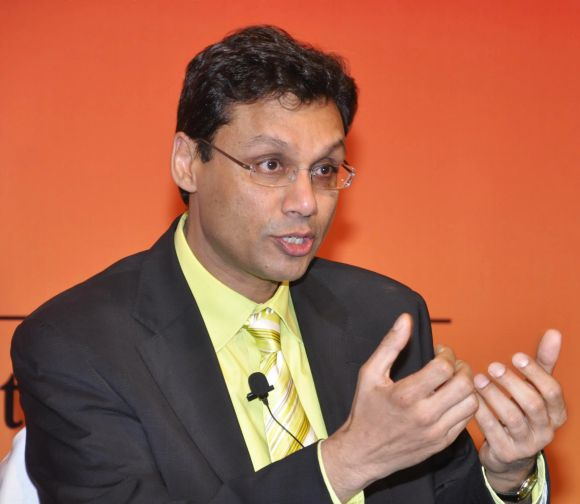 7 Indian-origin persons among world's top management gurus