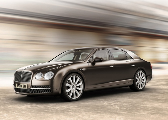 Bentley drives in new Flying Spur at Rs 3.1 crore