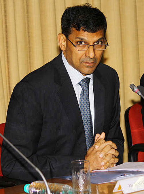 Rajan's dilemma: To cut or not to cut interest rates