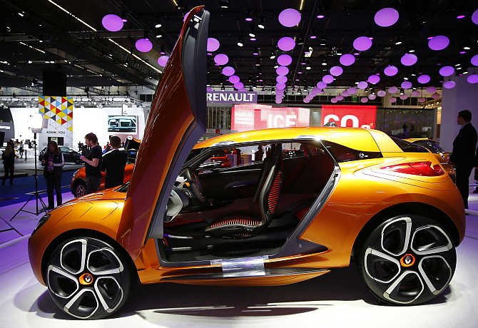 Renault Captur concept car on display in Frankfurt.