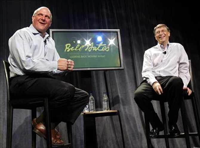 Microsoft Chairman Bill Gates (R) and CEO Steve Ballmer.