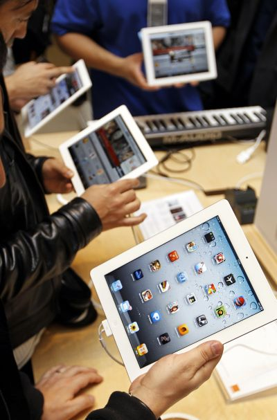 Apple wants to open own stores in India
