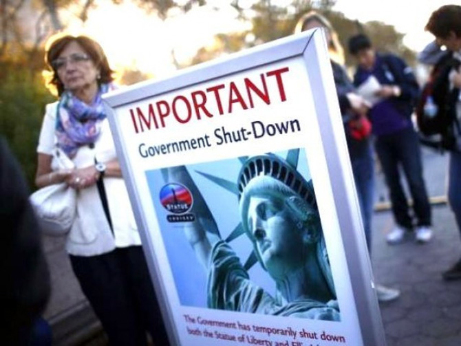 US govt remains shut down as debt default looms
