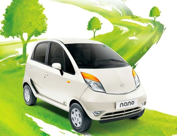 Tata launches Nano CNG at Rs 2.52 lakh; offers superb mileage