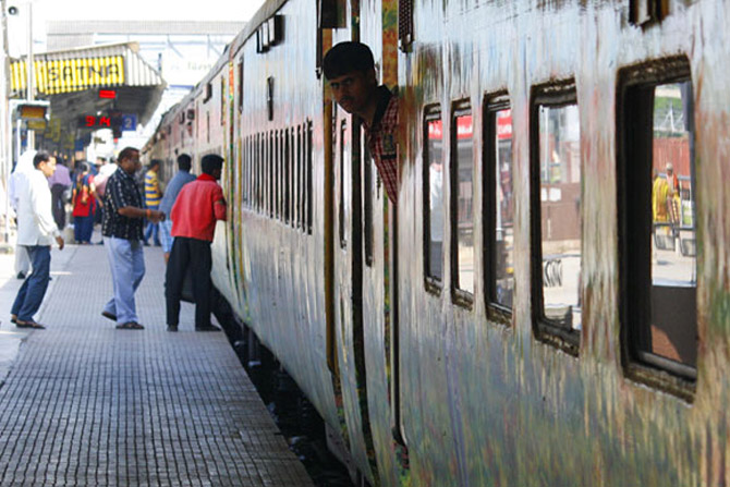 Further hike in Rajdhani, Shatabdi and Duronto fares
