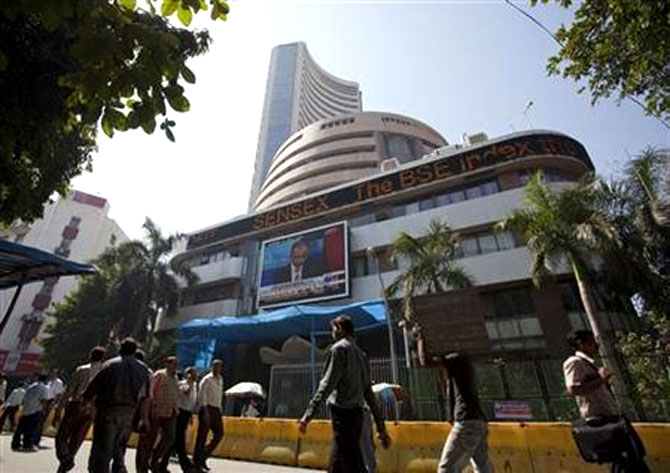 Sensex may touch 21,000 level by Diwali: Experts