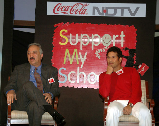 Atul Singh, CEO, Coca-Cola India with Sachin Tendulkar.