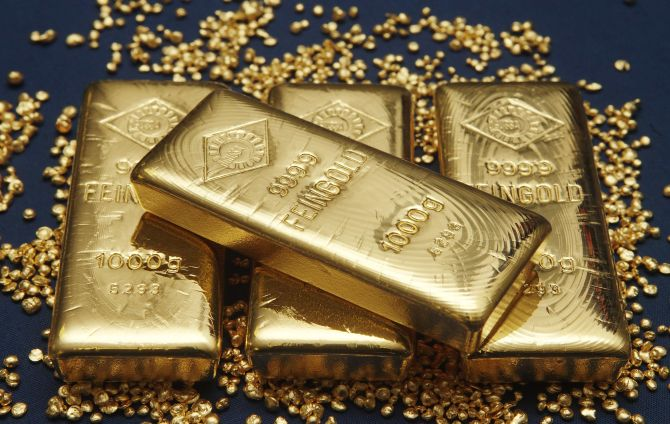 Cartels may be keeping domestic gold prices high