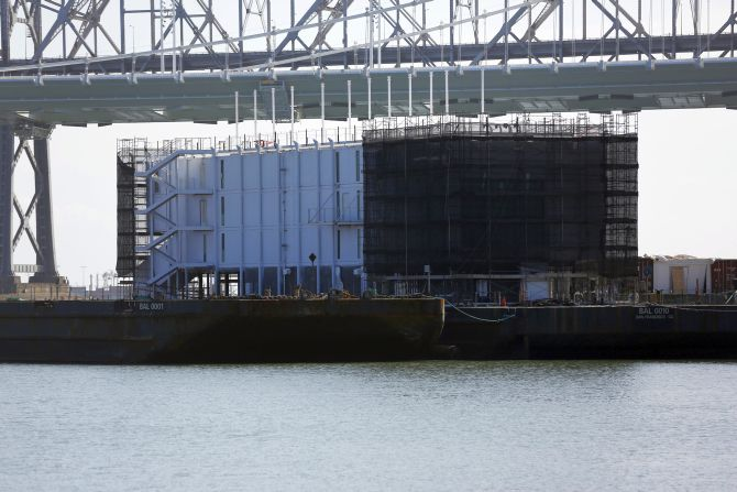 Google's mystery barge in San Francisco Bay under investigation
