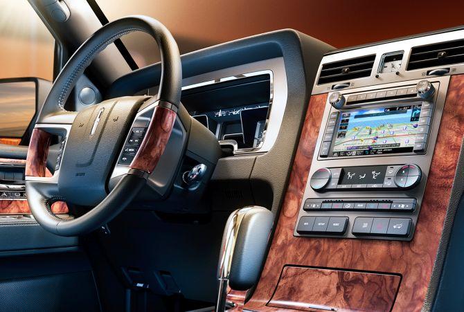 Lincoln Navigator L interior.