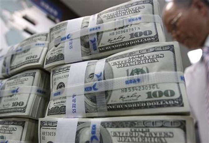 Iran may spoil govt's plan to curtail dollar dependence