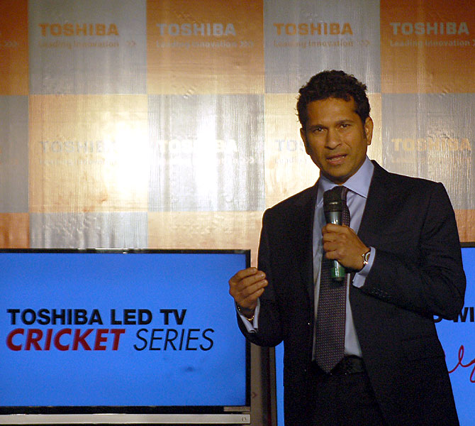 Sachin launches cricket mode LED TV
