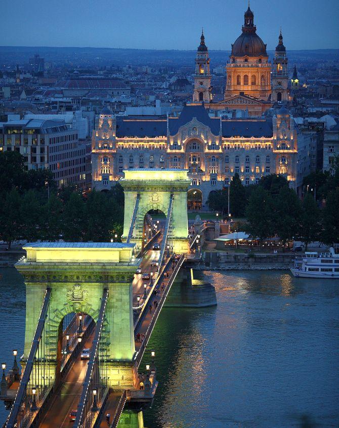 Budapest Chain Bridge.