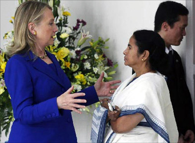 Mamata Banerjee with Hillary Clinton.