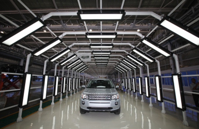 A Jaguar Land Rover Freelander 2 at a plant in Pune.