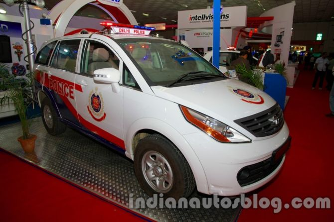 Tata Aria, Nano as police patrol cars