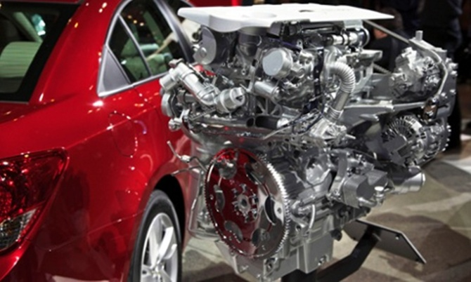 General Motors Co said it told dealers to stop selling Chevrolet Cruze small cars equipped with 1.4-liter turbo diesel engines for an undisclosed issue.