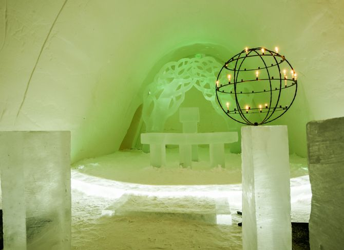 Guest accommodation at the SnowCastle.