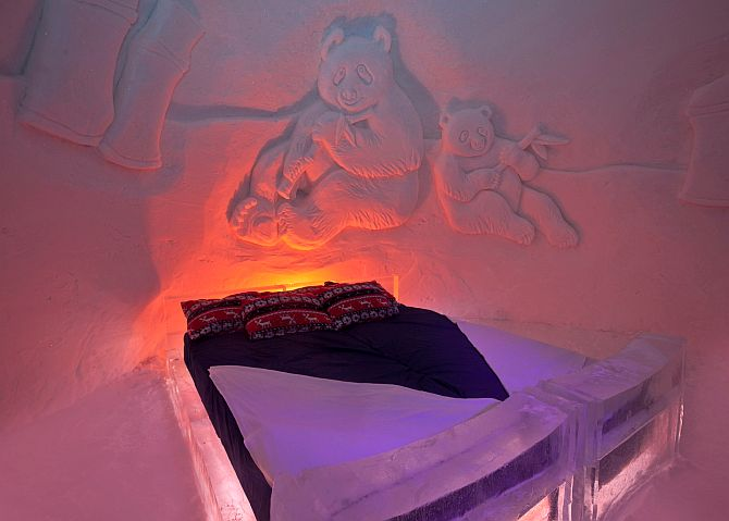 Guest accommodation at the Kirkenes Snowhotel.