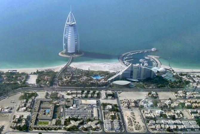 Boom or bubble? Unravelling the mirage that is Dubai