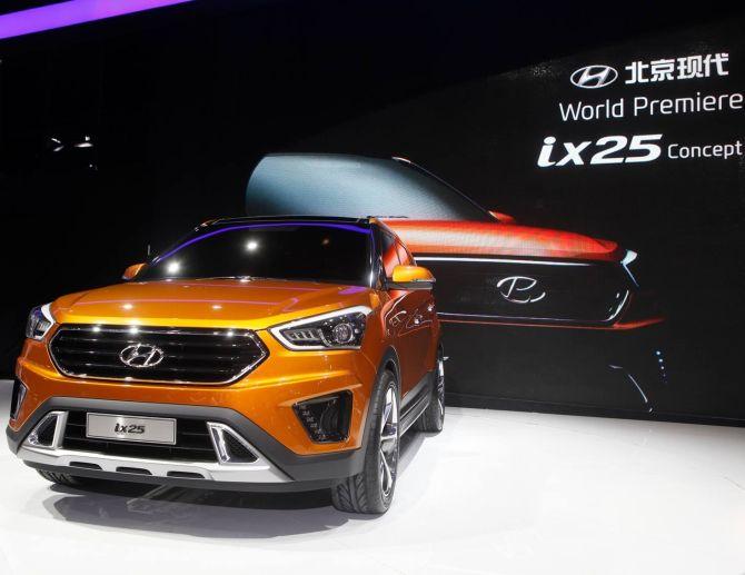 Hyundai ix25.