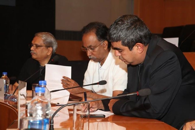Ex CEOs Kris Gopalkrishnan and S D Shibulal hold a meeting with Vishal Sikka.