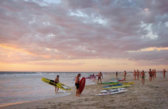 Perth has beautiful beaches which makes it a perfect weekend getaway for those living nearby the city.