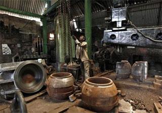 Make in India: Swaraj seeks Seoul's support