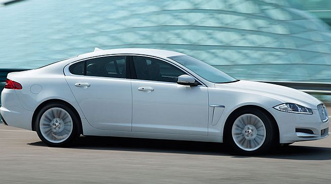 JLR launches new variant of Jaguar XF at Rs 45.12 lakh