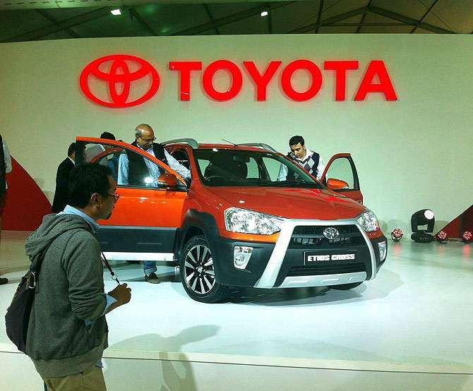 Auto Expo 2014: Toyota unveils its first crossover 'Etios Cross'