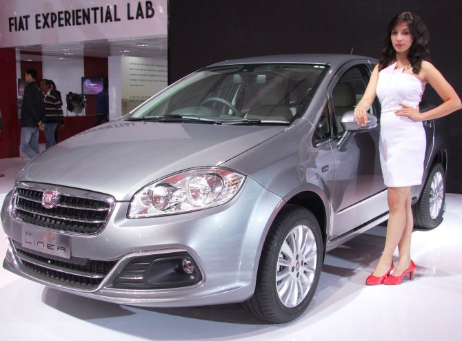 Fiat unveils two gorgeous cars for India; launches all-new Linea