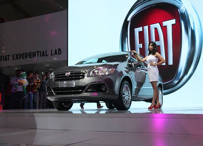 Auto Expo 2014: Over 1.21 lakh visit the show on Sunday