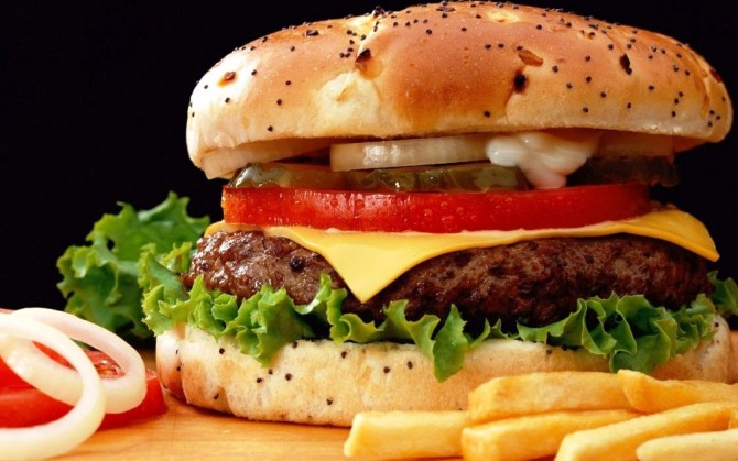 Why slowdown hasn't affected fast-food chains