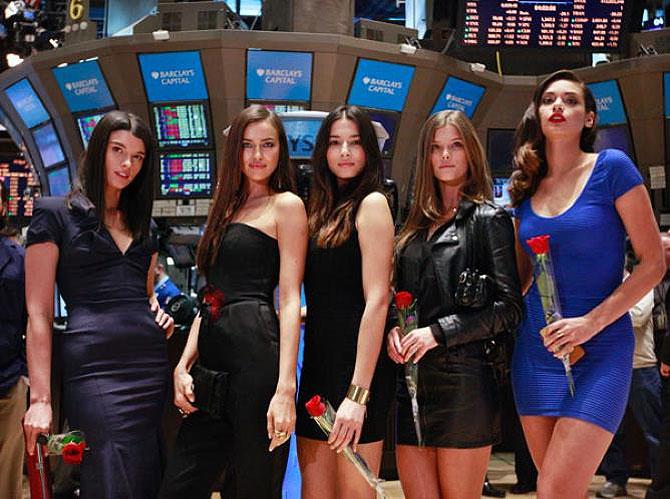 Swimsuit models visit New York Stock Exchange