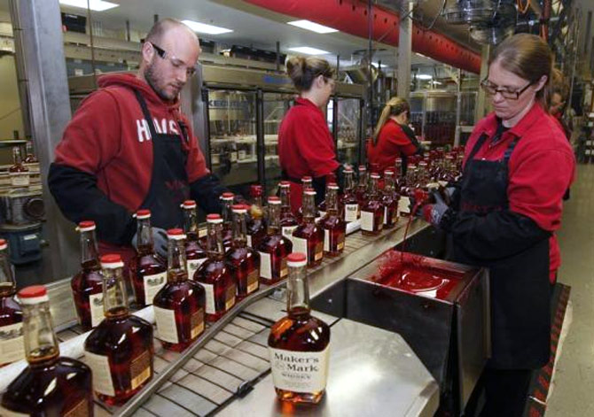 This is how iconic bourbon whiskey is made