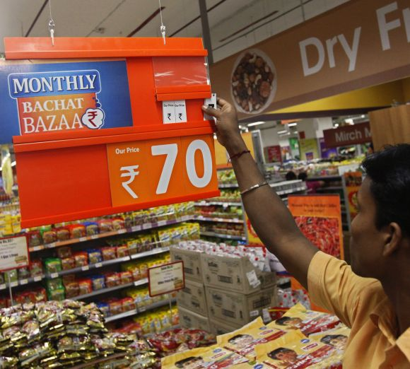 Costlier food items push inflation higher at 5.7% in March