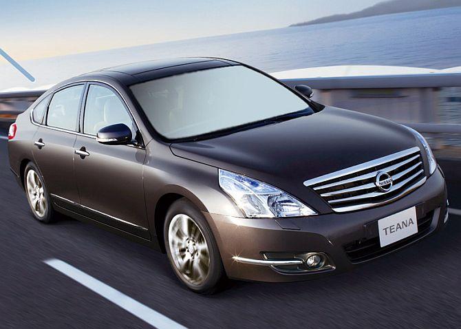 Nissan Tweana.