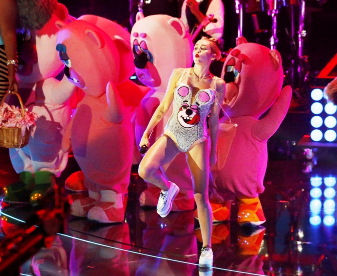 Singer Miley Cyrus performs 'We Can't Stop' during the 2013 MTV Video Music Awards in New York.