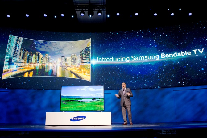 Joe Stinziano, executive vice president of Samsung Electronics of America, introduces a bendable television during the Consumer Electronics Show, in Las Vegas, Nevada, January 6, 2014.