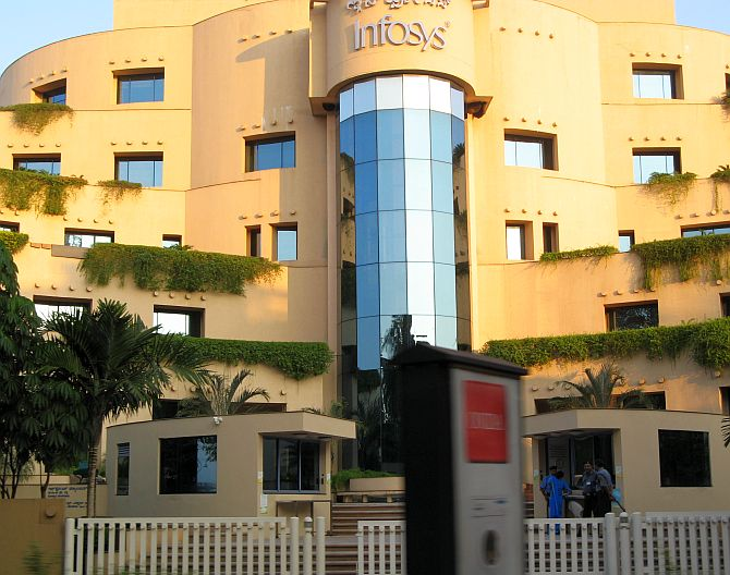 Foreign investors keep faith in Infosys