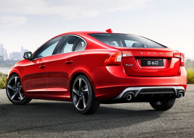 Stylish Volvo S60 challenges sturdy Mercedes Edition C