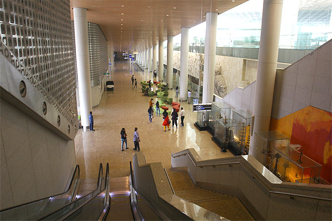 An underground tunnel to link Mumbai's domestic airport to T2