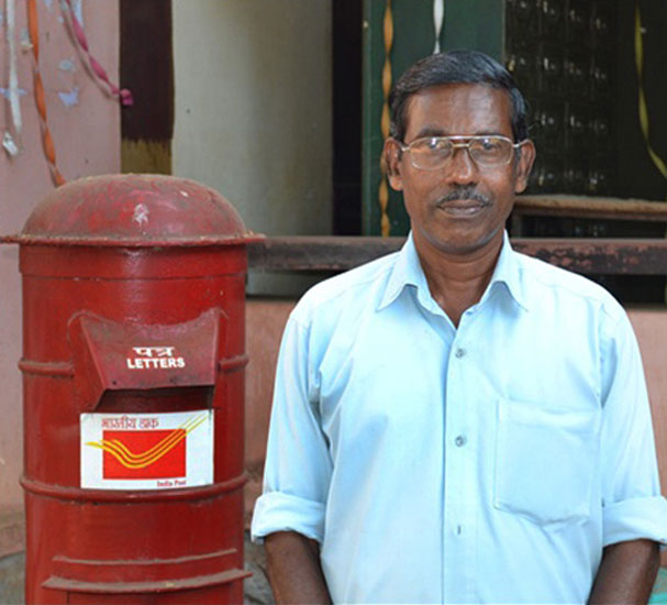 S Babu of Thiruvananthapuram, a postman by profession, extends a healing hand to cancer victims and families who have lost their only earning member to cancer.
