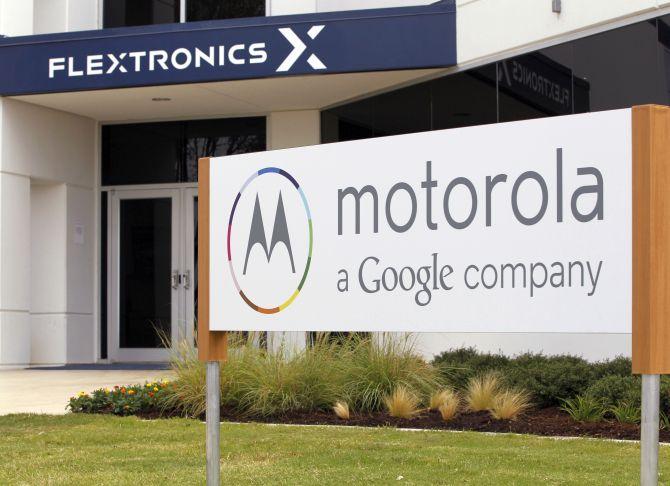 Google sells Motorola to Lenovo for $2.91 billion